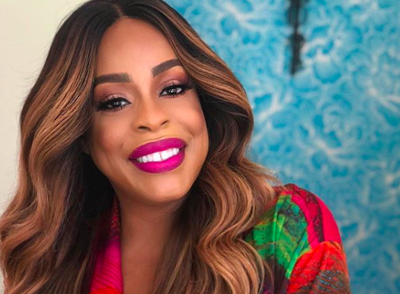 Niecy Nash Wants Racist White People To Call a Hotline Instead of 911